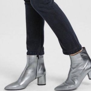 NEW Theory Casena Metallic pointy ankle boots